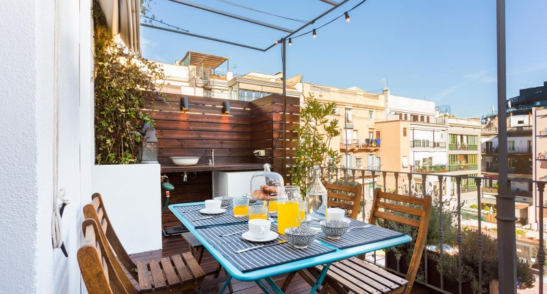 Luxury Apartment With Terrace In The Center Of Barcelona